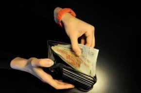 В Петербурге мигранты расплатились за табак фальшивками на 420 тысяч рублей