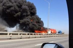Три человека пострадали в ДТП с бензовозом на КАД