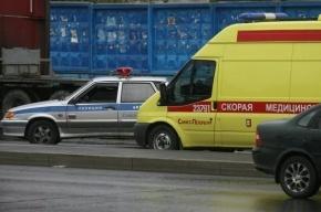 В массовой аварии в Петродворце пострадали двое детей