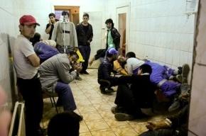 В Тихвине госпитализировали 65 человек после обеда в столовой