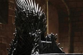 Елизавета II отказалась садиться на железный трон
