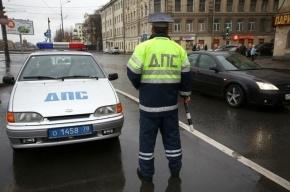 В Петербурге полицейский при задержании ранил подростка