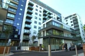 В Лондоне российская студентка упала с балкона во время секса
