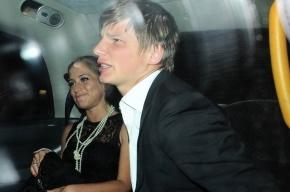 Суд обязал Аршавина отдавать половину доходов бывшей жене с 1 июля