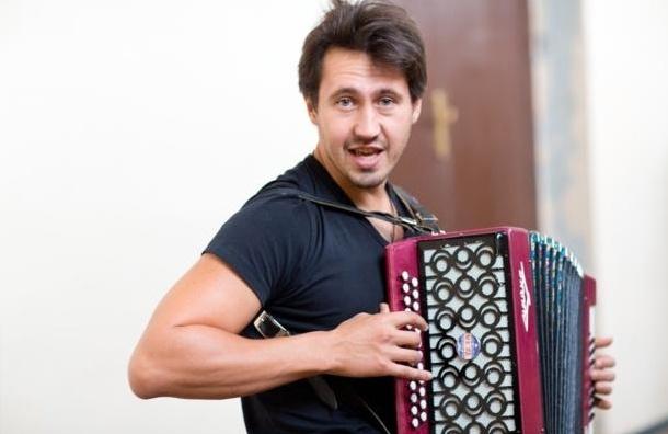 Певец Игорь Растеряев приглашает на концерт 19 июня