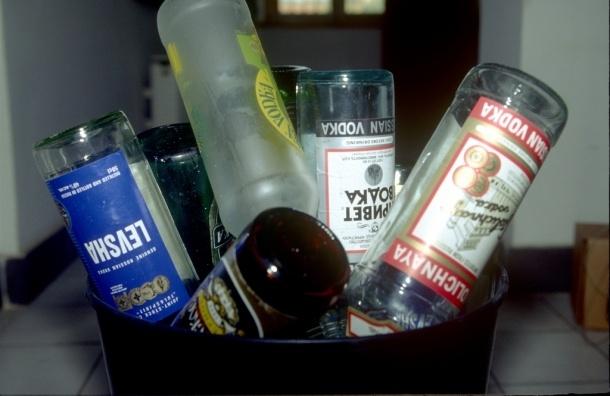 В крови у мальчика, выпавшего из окна в Петербурге, нашли алкоголь