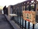 Фоторепортаж: «На Обводном канале установили странные арт-объекты»