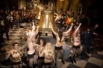 Femen Нотр-Дам-Де-Пари : Фоторепортаж
