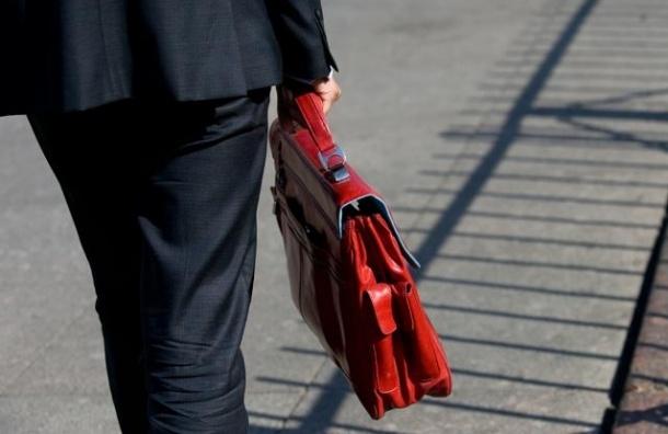 Высокопоставленный чиновник обнаружен на Невском проспекте без штанов