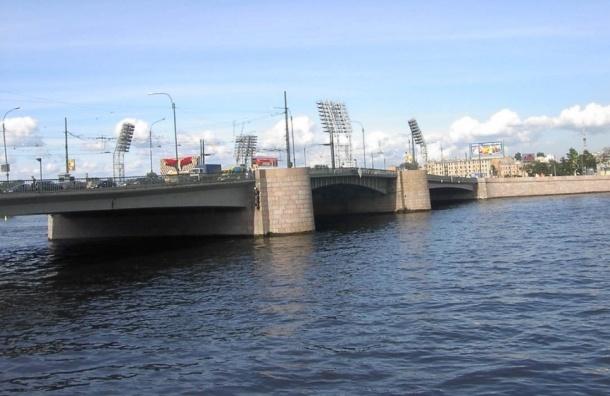 Реконструкция Тучкова моста начнется в первой половине 2015 года