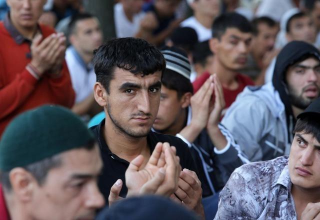 Ураза-Байрам в Петербурге собрал 42 тысячи мусульман: Фото