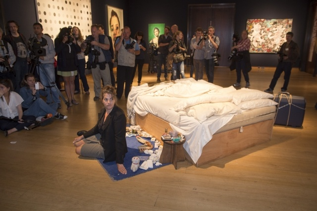 «Моя кровать» Трейси Эмин: Фото