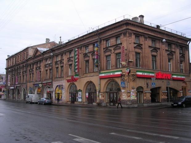 Дом Николаевых, горельефы: Фото
