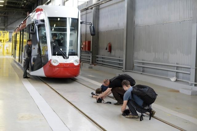Новый низкопольный трамвай появится в Петербурге в 2015 году (2): Фото