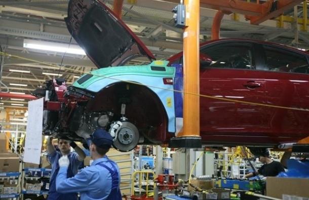 Завод GM в Петербурге остановится на месяц из-за падения продаж