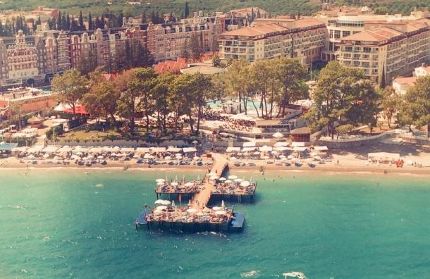 В Турции опровергли слухи о драке между русскими и украинскими туристами