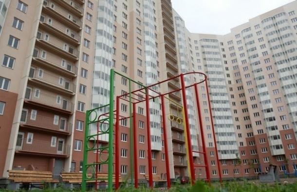Смольный купит около 1000 квартир за 3,5 млрд