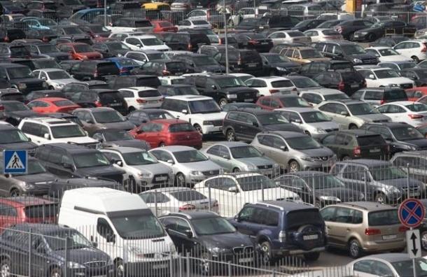 Плата за парковку в Петербурге будет зависеть от загрузки улицы