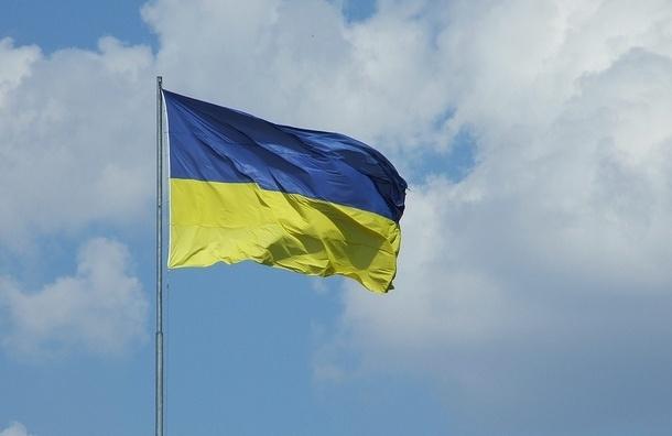 Порошенко поручил поднять флаг Украины над Славянском