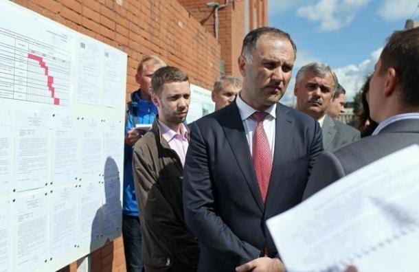 Смольный попросит у Кремля 4 млрд на дороги в Приморском районе