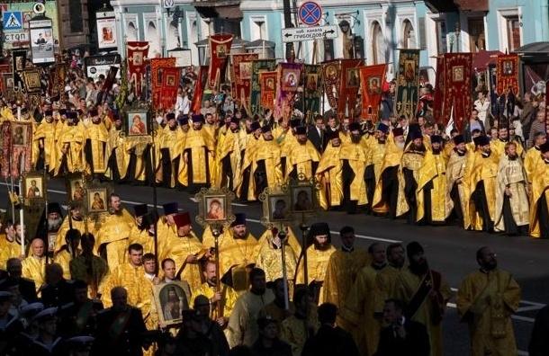Крестный ход пройдет по Невскому проспекту в сентябре