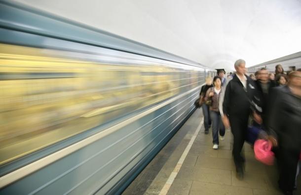 При сходе вагона с рельсов в московском метро пострадали 50 человек