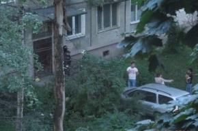 На Бабушкина иномарка протаранила дом, а грузовик врезался в припаркованный BMW