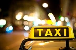 На Приморском шоссе попало в аварию такси с пассажирами