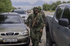 В Луганске два человека погибли после попадания снаряда в маршрутку