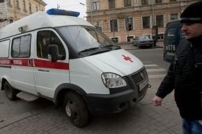 В центре Петербурга пятилетняя девочка выпала из окна третьего этажа