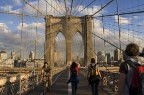В Нью-Йорке из-за урагана обрушилась часть Бруклинского моста