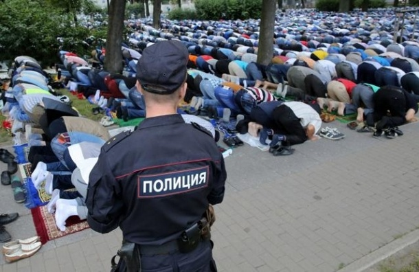 МВД: Ураза-Байрам в Петербурге собрал 42 тысячи мусульман