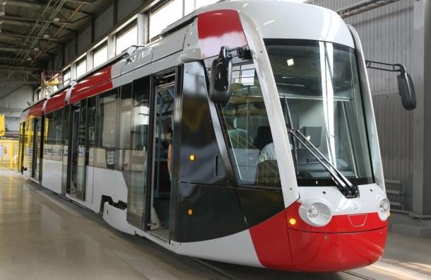 Новый низкопольный трамвай появится в Петербурге в 2015 году