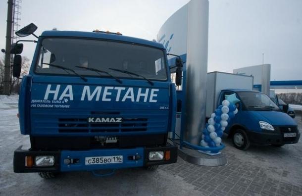 Общественный транспорт Петербурга переведут на газовое топливо