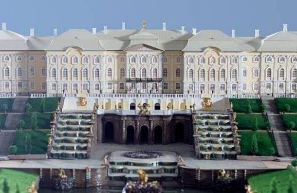 У метро «Адмиралтейская» открылся музей миниатюр Петербурга