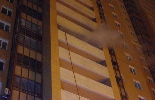 Два человека пострадали при пожаре повышенной сложности на Есенина