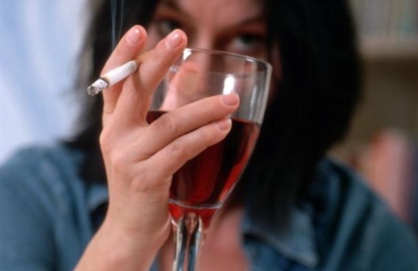 В России могут запретить ввоз иномарок, табака и вин из Европы