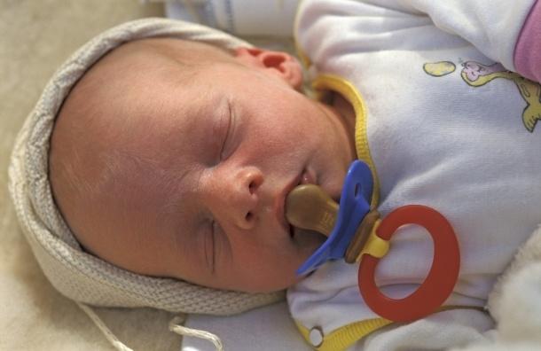 В Петербурге в июле был побит рекорд рождаемости