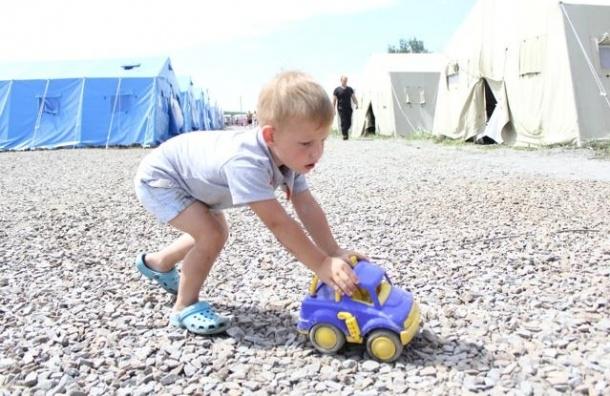 ФМС: 820 тысяч украинцев приехали в Россию с начала конфликта