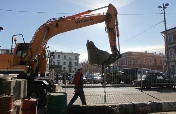 В Петербурге полностью открыто движение на площади Труда