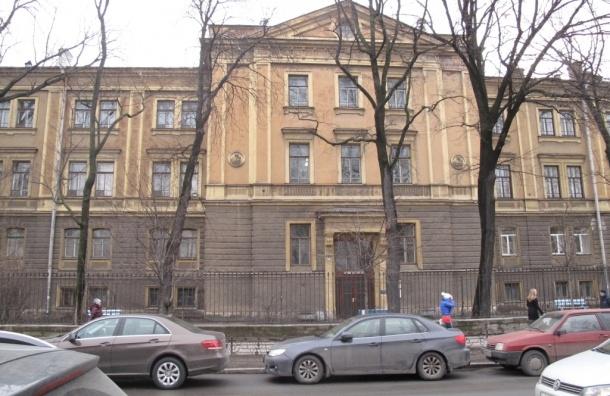 Фасады роддома Путина отреставрируют за 50 млн