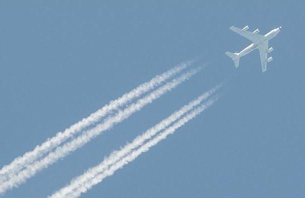 Разведывательный самолет США скрылся в Швеции от истребителя РФ