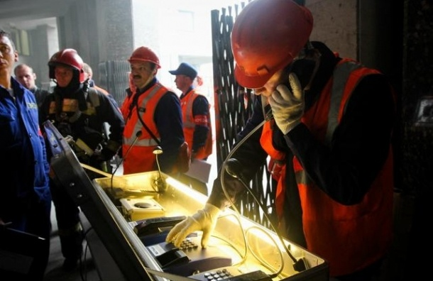 Масштабные учения МЧС в метро прошли по петербургскому сценарию