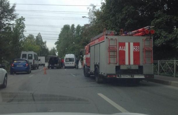 Трое полицейских пострадали в аварии с автобусом на Челябинской