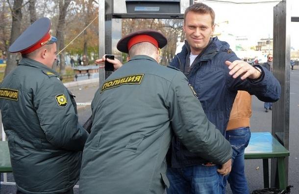 Суд отказался арестовывать Навального