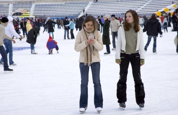 В Калининском районе появятся ледовый стадион и детский каток