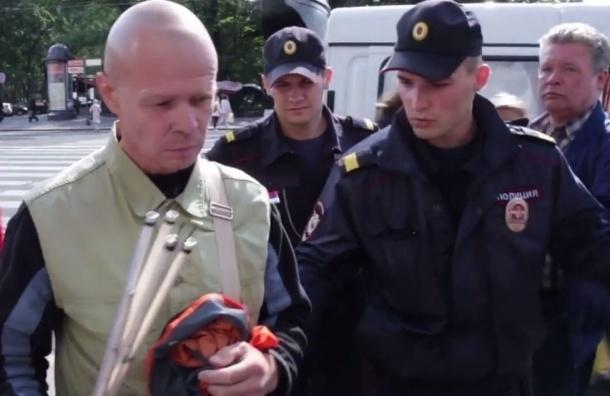Напавшему на журналиста «Эха Москвы» грозит до шести лет лишения свободы