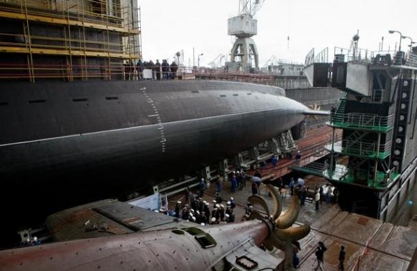 В Петербурге спустили на воду подлодку, названную в НАТО черной дырой