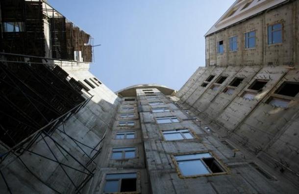 В Петербурге за 7 месяцев 2014 года сдали 758 домов