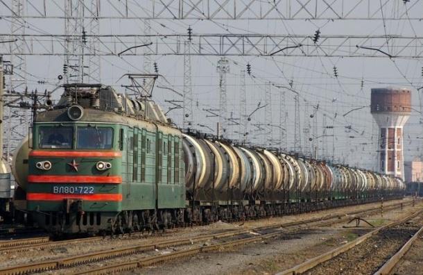 Грузовой поезд сбил трех детей, один из них скончался